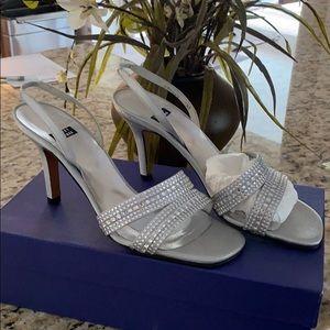 Stuart Weitzman heels. Size 7.5. Not worn.